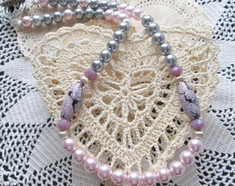 Pearl Necklace - Pink and Gray Glass Pearls - Dark Purple Floral Pattern Lampwork Glass Beads - Amethyst Czech Beads - Classy Diva - Ooak