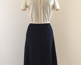 Vintage 1970s Black and Cream Secretary Day Dress - Small Colorblock
