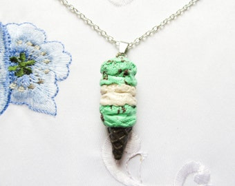 Kawaii Cute Mint Chocolate Chip Ice Cream Cone Necklace, Ice Cream Necklace, Cute Necklace, Kawaii Necklace, Polymer Clay, Food Jewelry
