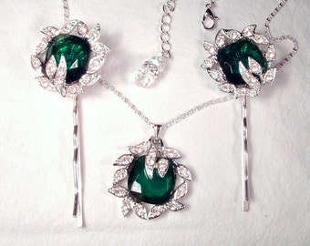 Vintage Emerald Green & Clear Rhinestone Pendant Necklace, Paste 1920s Gatsby Silver Leaf Emerald Bridal Statement Necklace, Green Jewelry
