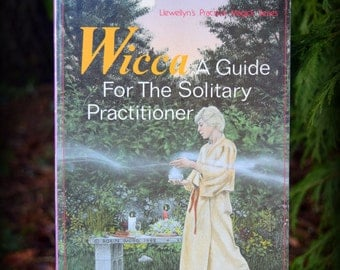 Kitchen Witch - A Guide For The Soliary Practitioner - by Scott Cunningham - how to live magickally, spiritually & attuned w/Nature