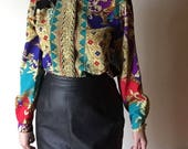 M/L baroque print gold button up vintage womens UNISEX long sleeve placket colorful 90s vintage shirt top blouse hipster club kid kitsch