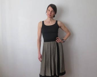 Vintage '70s/'80s Striped Breezy Mid-Length Skirt, Small / Med, Thick Elastic Waistband