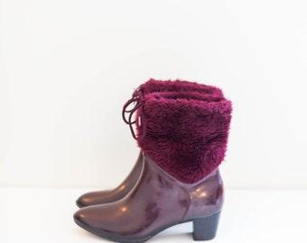 purple ankle rain boots - faux fur trim winter booties - women's size 6.5 M