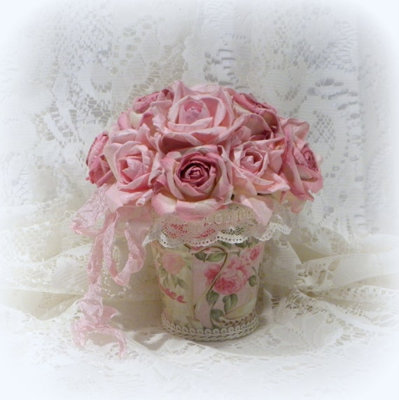 pink rose arrangement shabby chic roses shabby chic decor. Black Bedroom Furniture Sets. Home Design Ideas