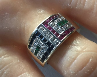 14K yellow gold ring with sapphires, emeralds, rubies and diamonds    VJSE