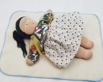 Doll Changing Mat – Wool for dolly – Pretend play, Baby doll accessory