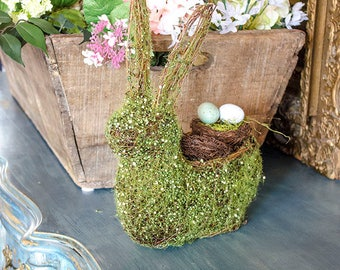 Moss Rabbit Planter, Moss and Grapevine, Display