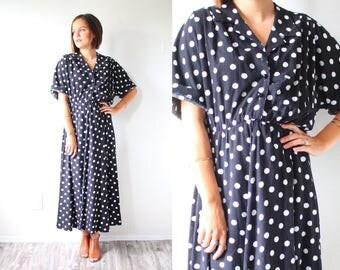 Vintage black polka dot maxi dress // black polka dot summer dress // 80's maxi dress // polka dot dress // modest summer dress / polka dot