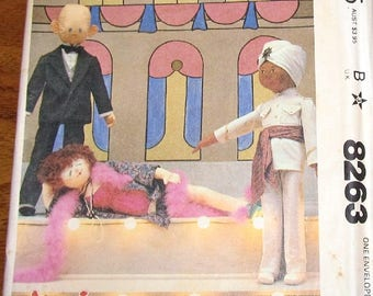 Vintage 1980s Craft Sewing Pattern McCalls 8263 Annie Collector Dolls Soft Sculpture Daddy Warbucks Miss Hannigan Punjab Uncut Factory Folds