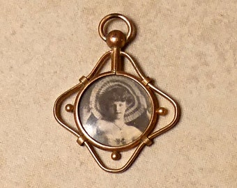 Vintage 1930s Art Deco Gold Filled French Photograph Locket