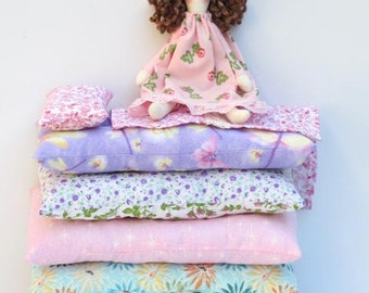 Princess and the Pea cloth doll, handmade rag doll playset pink lilac fabric doll, fairy tale princess doll softie plush doll gift for girls