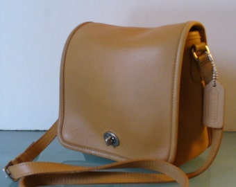 Vintage Caramel Coach Cross Body Bag