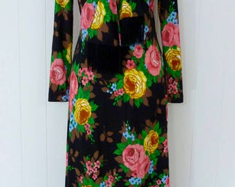 70's Rose Maxi Dress with Fringe Scarf Collar Black Pink Floral Print Loungewear Hostess Gown M