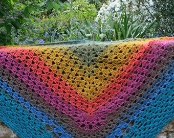 Crochet patterns, Colour wheel scarf crochet pattern 259 Crochet shawl pattern