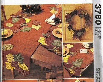 Harvest Decorations / Original McCall's Crafts Uncut Sewing Pattern 3780