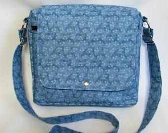 Large messenger bag- Blue gingham cotton