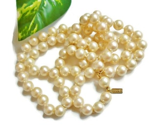 Vintage MARVELLA Pearl Necklace, Hand Knotted OFF White Faux Pearl Beaded Signed Necklace SALE