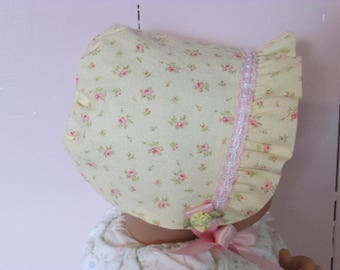 soft yellow with pink flowers, ruffled baby bonnet, size newborn, NB, 0-3mo, baby hat, Easter bonnet