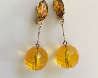 Vintage Faceted Amber Lucite Bead Dangle Earrings Clip On Prism Balls Fine Chain 1950s 1960s Jewelry