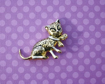 Black and Gold Cat Brooch Pin / Vintage Pin /Made in Spain