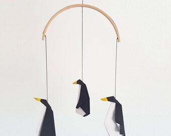 Penguin nursery mobile, origami mobile, penguin gift, black and white mobile, baby shower gift, penguin toy, eco friendly, origami penguin