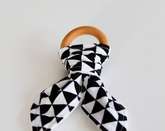 Natural Wood Teething Ring | Black and White Triangle