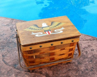 Vintage Sewing Basket DRITZ Scovill American Eagle, Patriotic Americana Wicker and Wood Sewing Basket with Hinged Lid, Dritz Sewing Basket