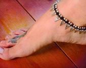 Tribal anklet / Geometric Anklet / Gypsy beaded Anklet / Triangle anklet / Festival anklet / for her / hippie jewelry / Spike arrow anklet