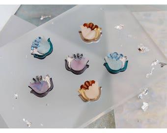 Mini Nouveau Flower Stud Earrings. Laser Cut Acrylic Perspex. Marbled Floral Art Deco Retro Studs. Gold Silver Iridescent Glitter.