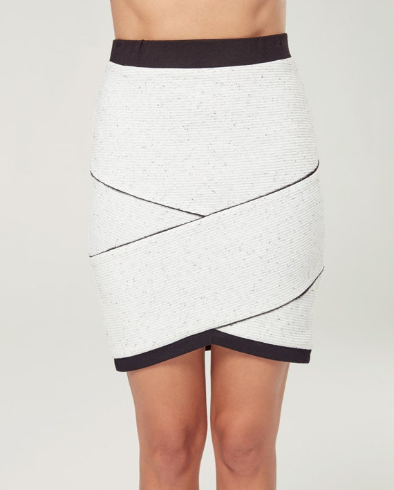 AURORE BORÉALE - body-conscious skirt, fitted skirt, asymetric for women - white textured