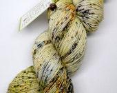 hand dyed yarn, hand painted yarn, handpainted yarn, superwash merino yarn, sock yarn, fingering, speckled yarn, speckles, hunting agates