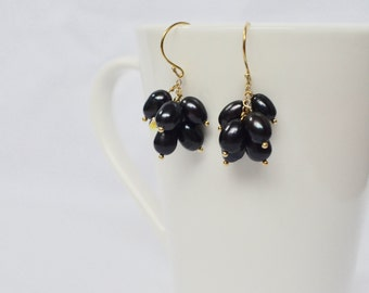 Purple Cluster Earrings, Statement Jewelry, Purple Pearl Earrings, Bridesmaid Earrings, Freshwater Pearl and Swarovski Drop Earrings
