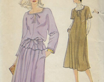 Vogue 7151  Misses' Dress or Top, Skirt And Belt   Size 12