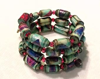 Memory Wire Paper Bead Bracelet- Boho Love