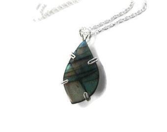 Labradorite Necklace - Labradorite Pendant - Labradorite Jewelry - Sterling Silver Necklace - Blue Green Gemstone Necklace - Freeform