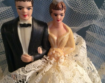 VINTAGE WEDDING CAKE Topper Wedding Bell Bride Groom