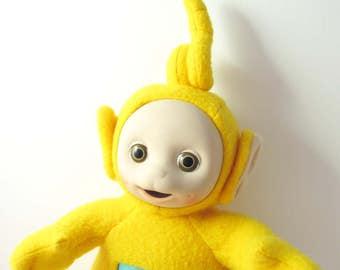 Teletubbies Laa-Laa Cute Yellow Plush Stuffed Toy Doll Yellow / Glittery Vinyl Tummy Symbol - Late 1990s