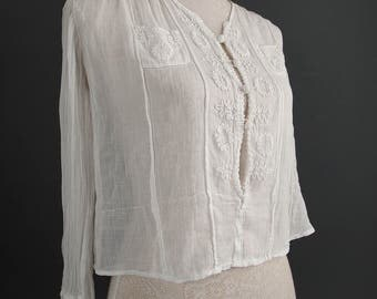 Antique blouse - white blouse - summer fashion - wedding - embroidered blouse - Edwardian blouse - boho - gauzy blouse - vintage blouse