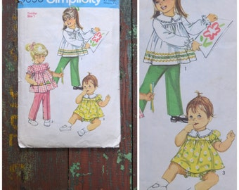 Vintage pattern, 1960's / 70's sewing pattern, Simplicity 9090, Toddlers top, pants and bloomers, Toddler size 1, Mod / Retro