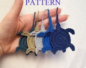 Crochet turtle charm pattern, sea turtle crochet applique pattern, turtle tag DIY ornament, beach theme instant download pdf pattern