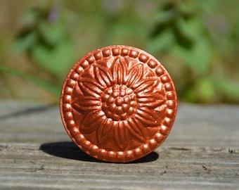 Cabinet knob/drawer pull/dresser handle/door knob/copper/sunflower/flower/antique/vintage/metal/decorative/furniture hardware/unique
