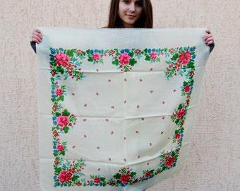 SALE!! Vintage Ukrainian shawl, Russian Floral Scarf ,russian shawl, wool shawl, floral scarf, head scarf,natural white shawl, wedding shawl