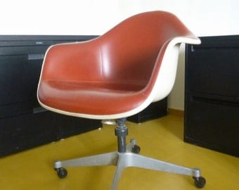 3 Eames DAT Chairs ~Herman Miller Desk Chairs  Terra Cotta Naughahyde  Upholstery ~Aluminum