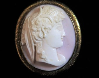 Victorian Antique Conch Shell Cameo Brooch / Pin With Exquisite, Expert Carving In Engraved Pinchbeck Frame, 1800s, Collectable.