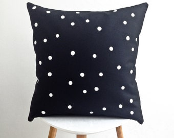 black POLKA DOT PILLOW cover / decorative cushion / white polka dot handprinted / 100% cotton / 18x18 / la petite boite co / made in quebec