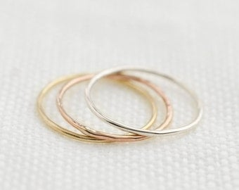 Ultra thin gold wedding band, dainty hammered simple skinny wedding ring Woman, solid 14k yellow gold rose gold white gold, gol-r101-1/.75mm