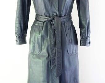 Pristine Tailored Vintage 1970's COSMOPOLITAN Trading Co. LA, USA Brand-Jet Black