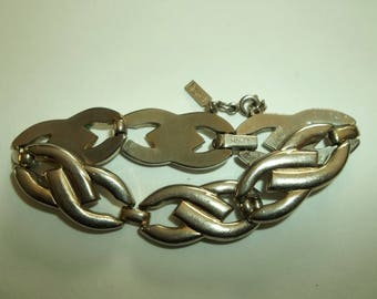 Vintage Retro  MONET Heavy Large LINK Bracelet