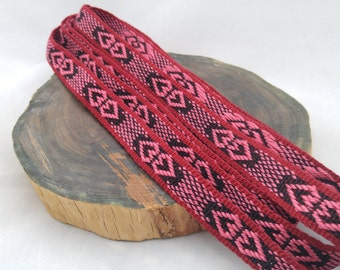 Inkle weaving ribbon, strap, band, or trim - Handwoven - SCA, LARP, Nordic, Baltic, Viking, and Cosplay - Queen of Hearts (red maroon black)